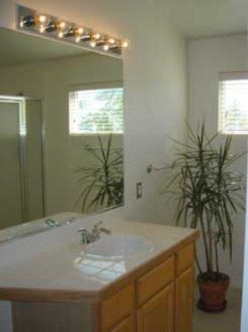 Spacious Sunny Ranch Home in Erie! 12 Minutes to Boulder!